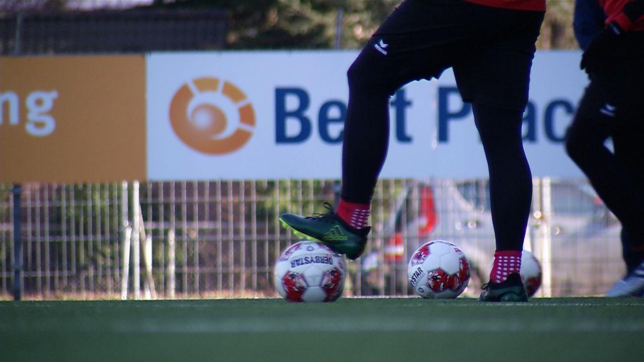 KNVB wil eerste divisie vanaf 19 juni hervatten