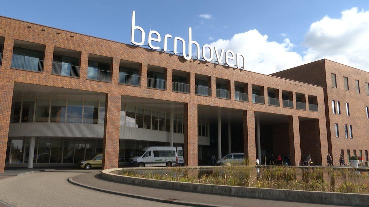 Bloedprikken en ophalen materialen Bernhoven voortaan na digitale afspraak