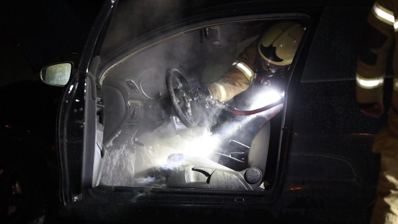 Auto vliegt in brand op Eerdsebaan in Schijndel