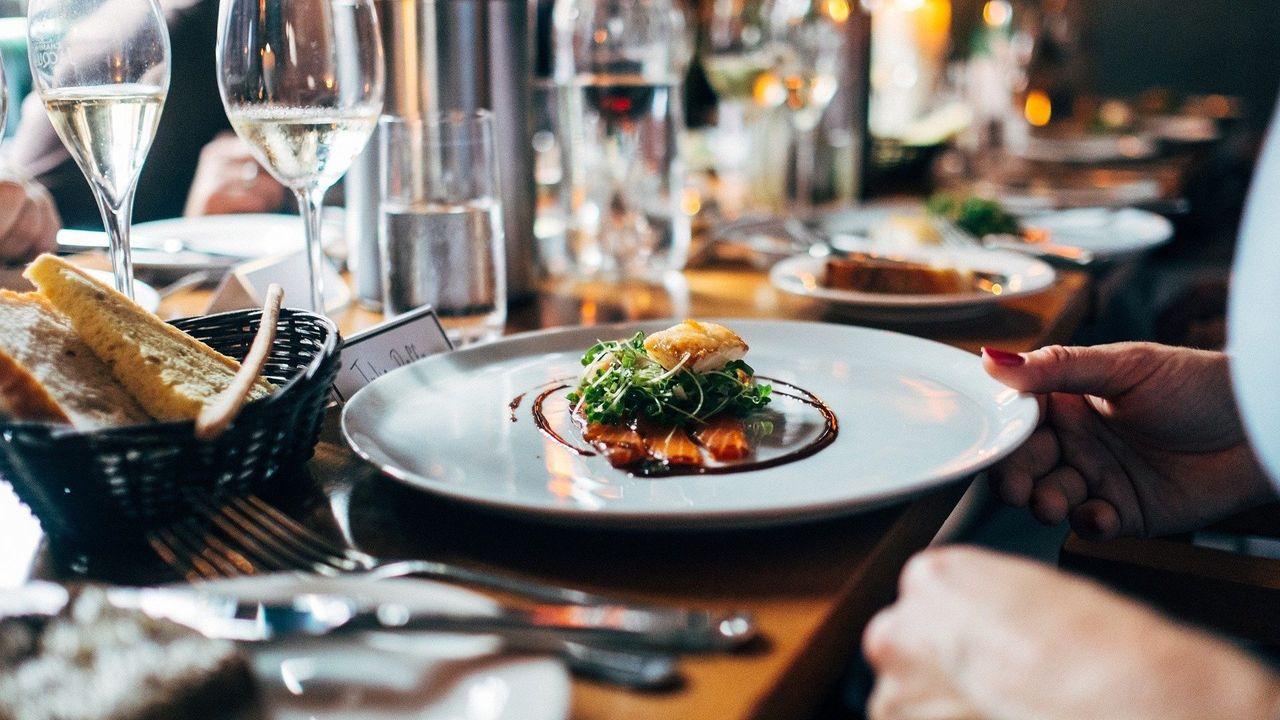 Sterrenrestaurant Versaen in coronatijd: 'Massa is kassa in deze'