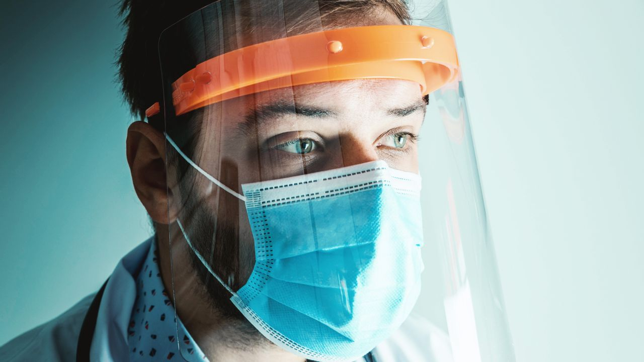 Coronacijfers blijven laag, wel een lichte stijging in aantal besmettingen