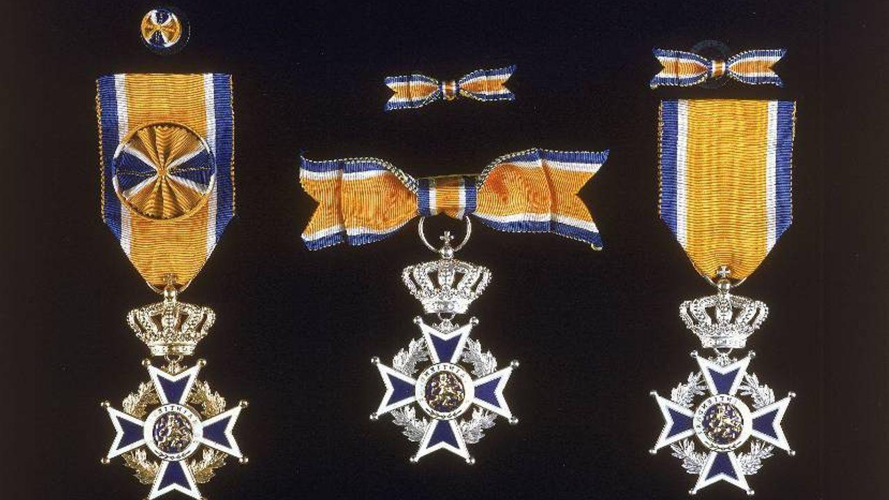 Koninklijke onderscheiding voor brandweerman Robbert