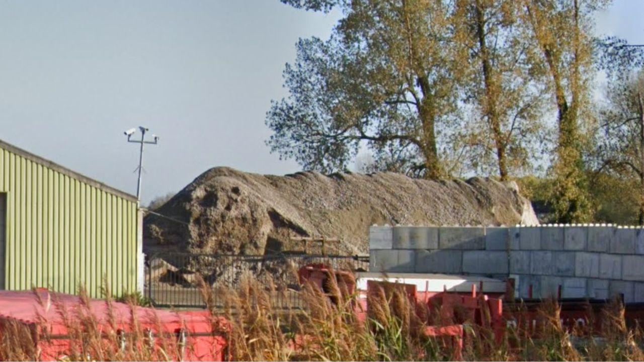 VVD Bernheze: 'Zijn bergen puin bij bedrijf uit Heeswijk-Dinther niet te hoog?'