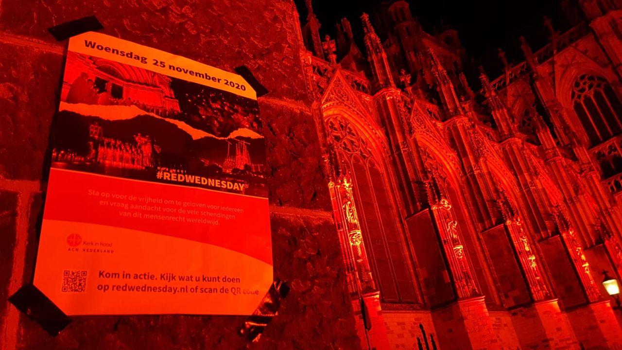 Sint Jan één van de 119 roodverlichte kerken op Red Wednesday