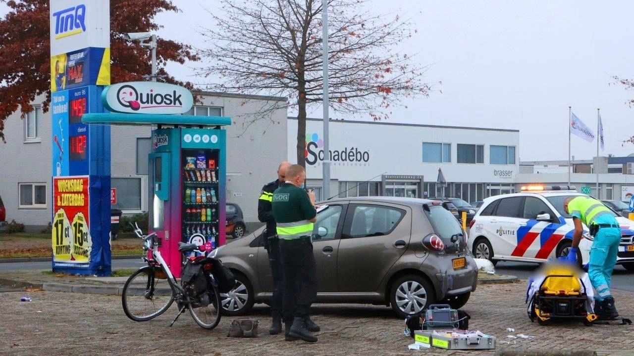 Fietsster ernstig gewond bij aanrijding met auto in Den Bosch