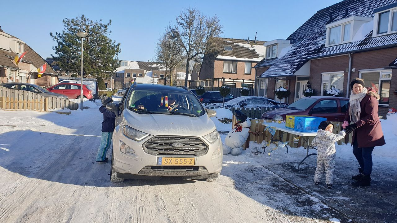 Ieder kind wint in de Maaspoort: 'sneeuwpopwedstrijd' kent geen verliezers