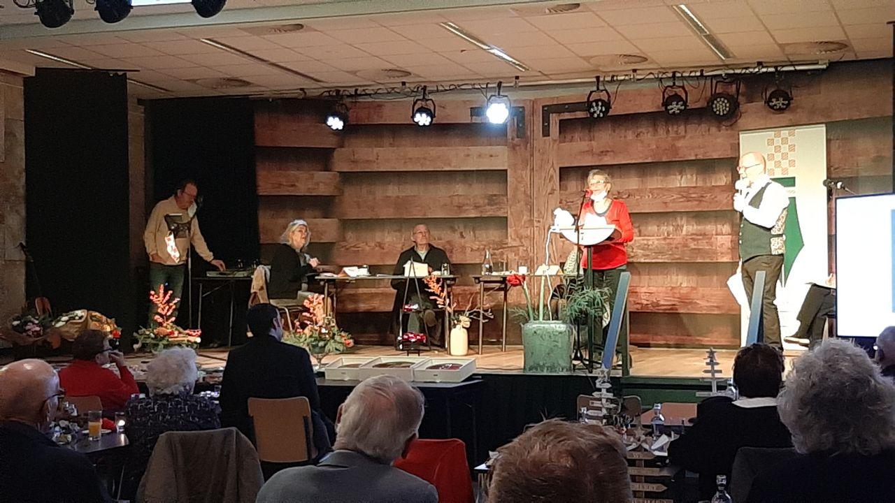 Dichters laten in Lith kerstgedichten in Brabants dialect klinken
