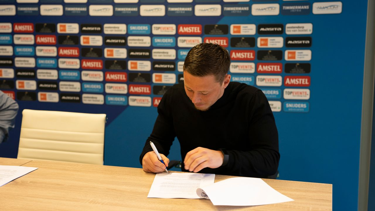 Schaijkenaar Van der Heijden bindt zich langer aan FC Den Bosch
