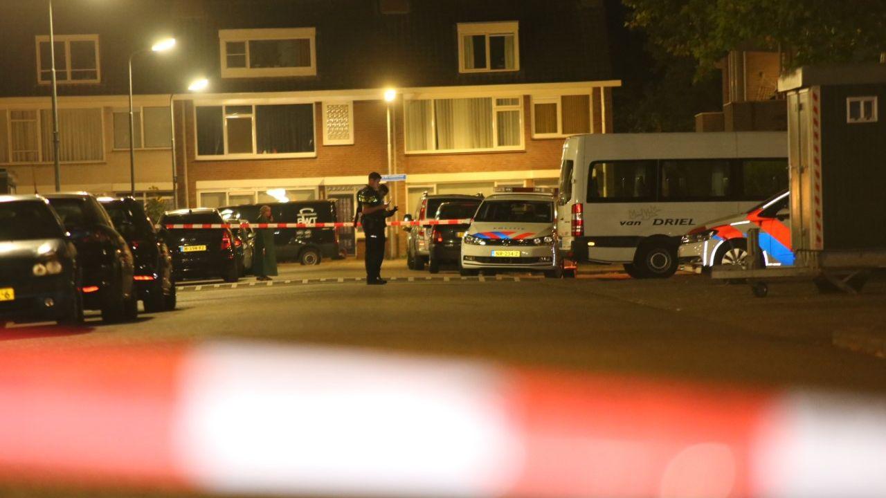 Ruzie op straat tussen jongeren eindigt met schoten, jongen van 16 gewond naar ziekenhuis