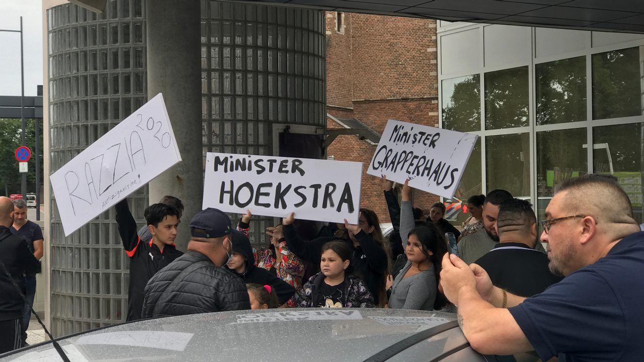 Werkstraffen en gevangenisstraffen voor tien leden van Rosmalense Roma-familie
