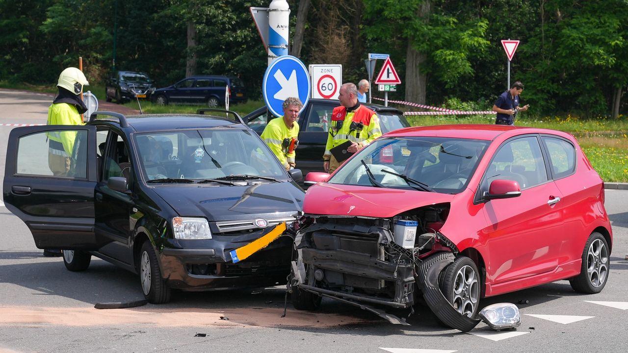 Drie auto's betrokken bij ongeval op Berghemseweg in Nistelrode
