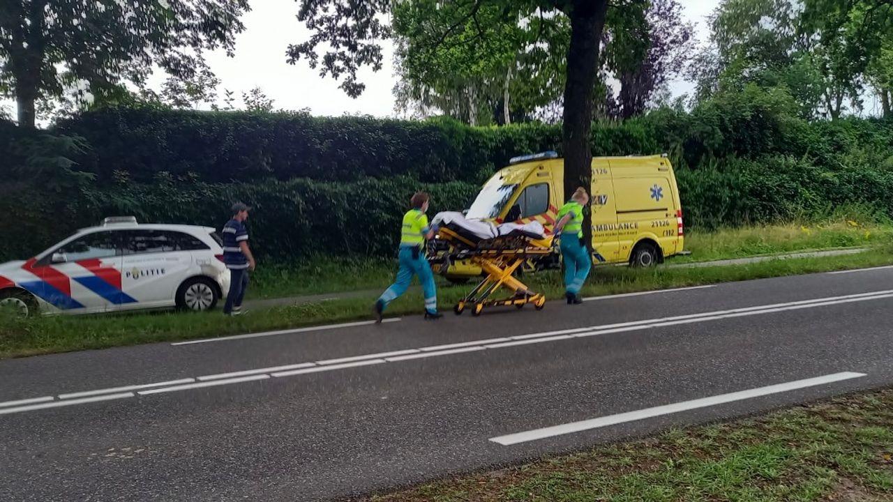 Voetganger raakt gewond aan hoofd na botsing met scooter