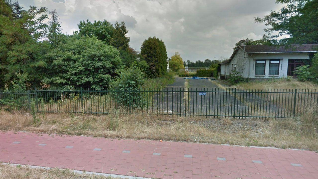 Niet meer kunstgrasmatten dan toegestaan op Nieuwe Hescheweg