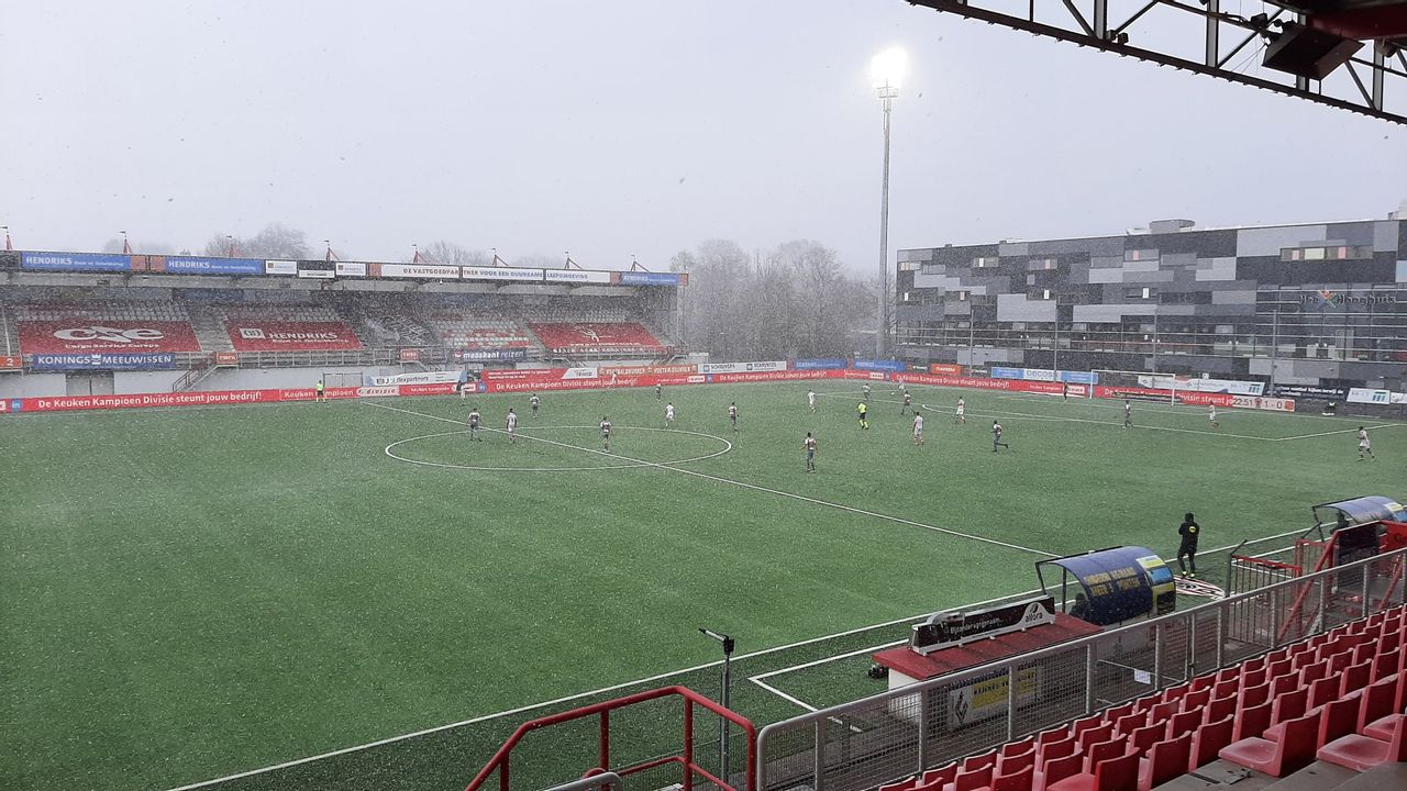 TOP Oss blijft ijzig kalm en pakt drie punten tegen FC Volendam