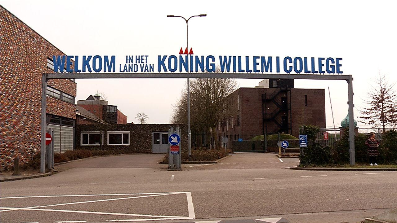 Studenten Koning Willem I College helpen tijdens verkiezingen in stembureaus