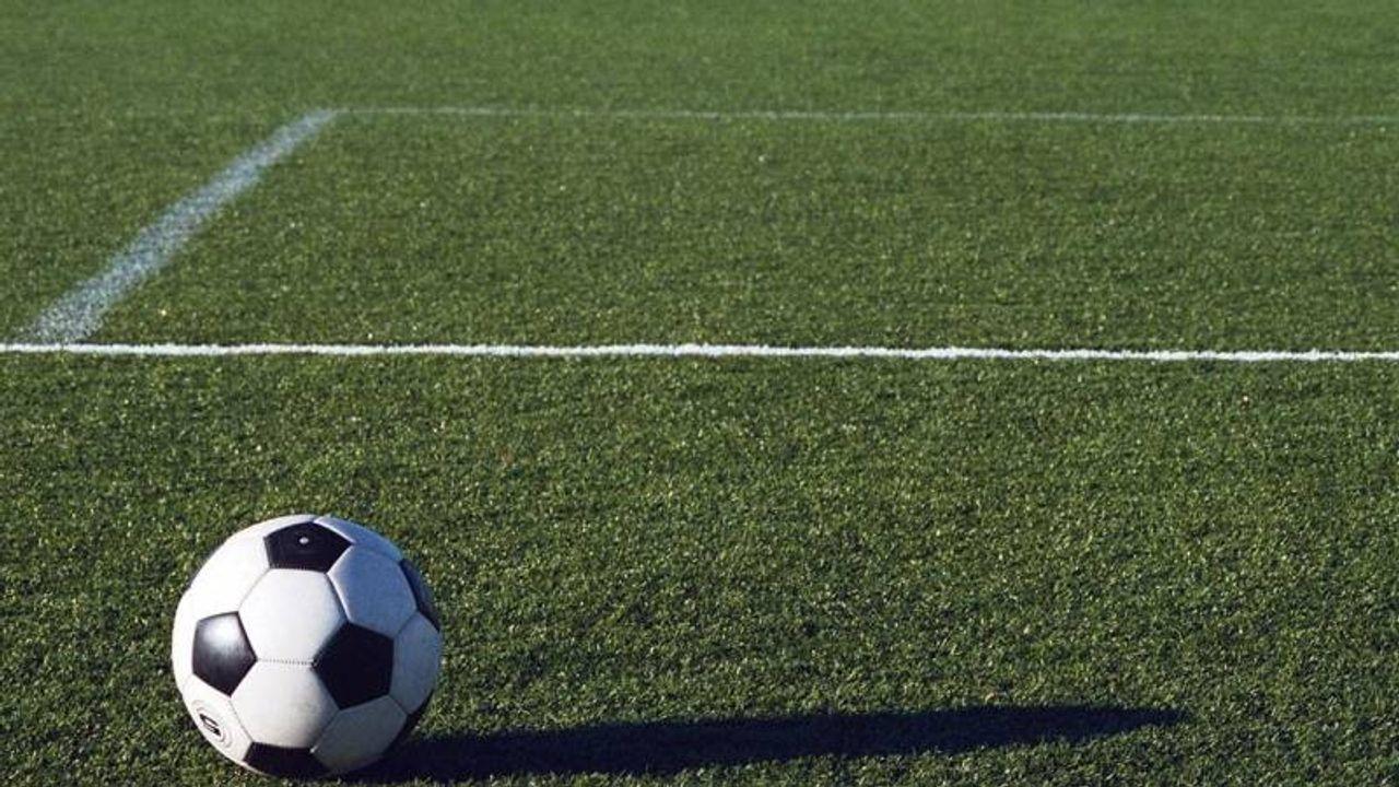O.K.S.V. neemt na twee competitieduels in nieuwe seizoen afscheid van hoofdtrainer