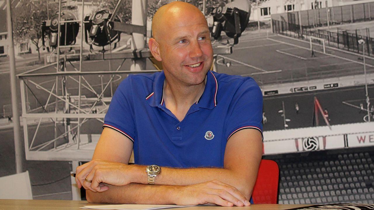 Primeur voor TOP Oss: Bob Peeters eerste buitenlandse hoofdcoach