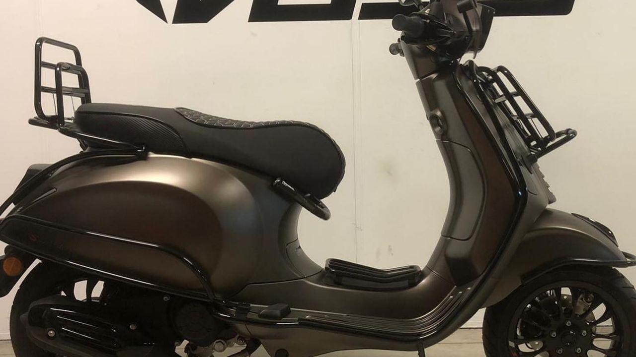 Vos Oss Motoren voor 70.000 euro bestolen