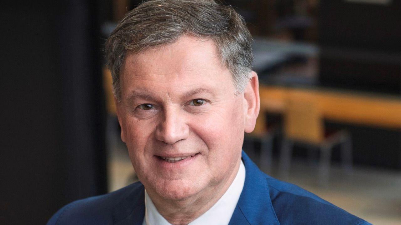 Theo Hoex terug als interim-gemeentesecretaris in Landerd
