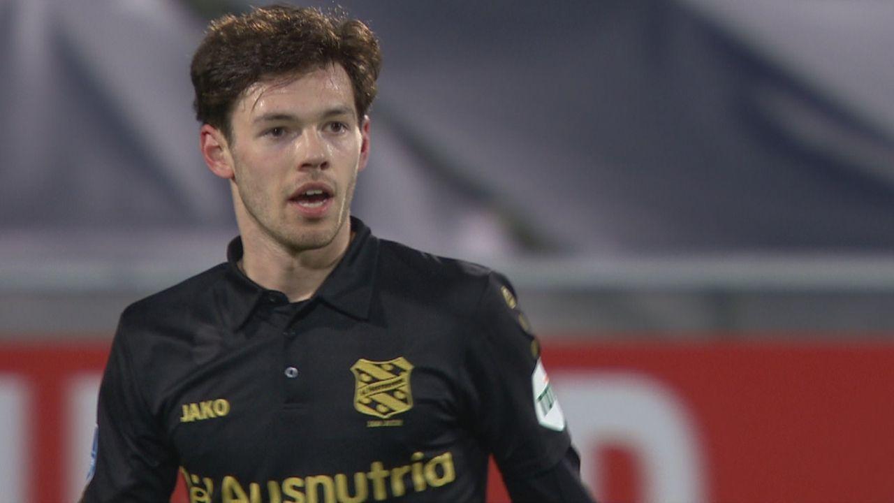 Van Bergen scoort tegen Ajax, maar laat kans op meer liggen