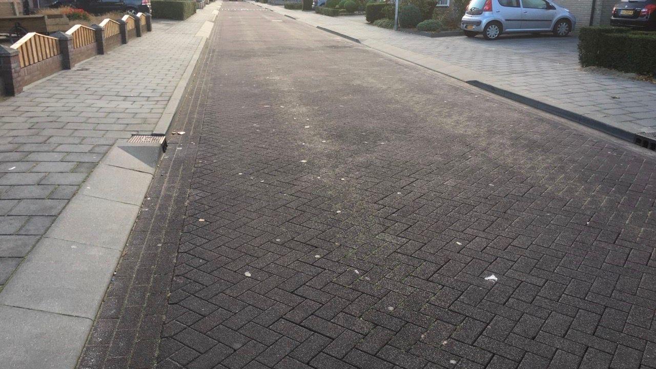 Osse SP heeft genoeg van 'rammelklinkers' in Kerkstraat in Berghem