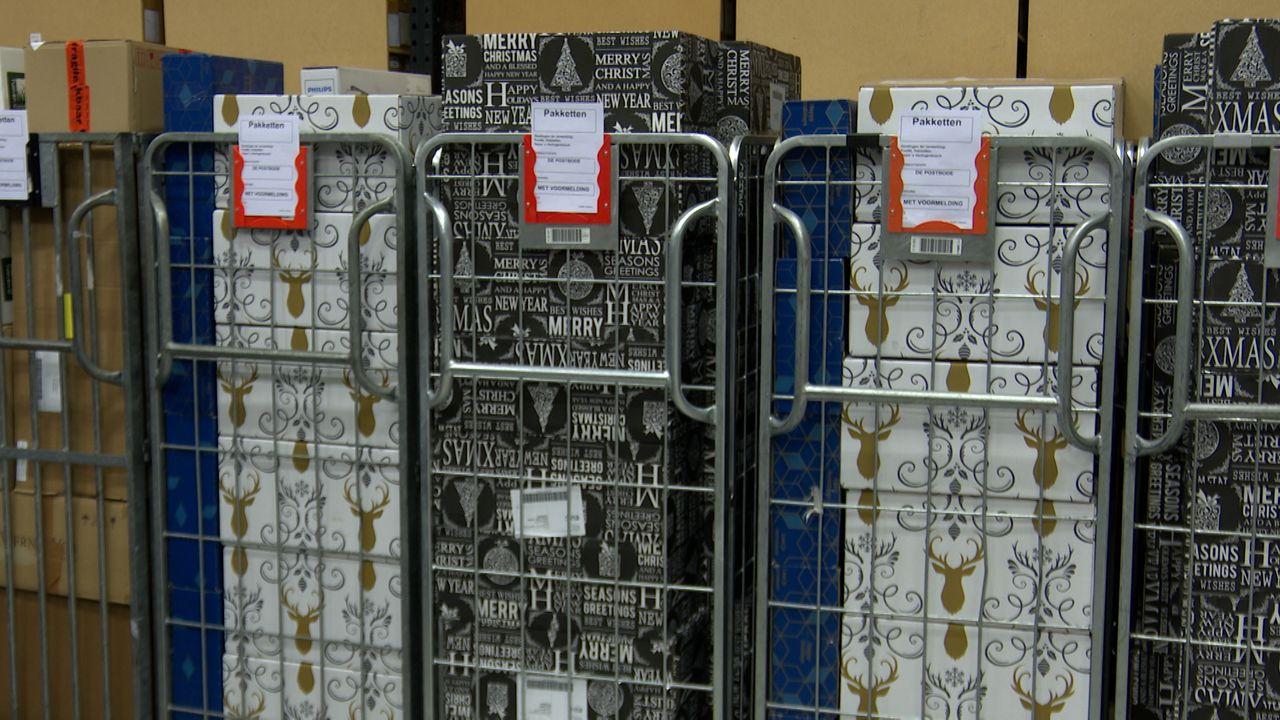 Nog grotere drukte bij de Postbode; van 600 naar 5000 pakketten per dag