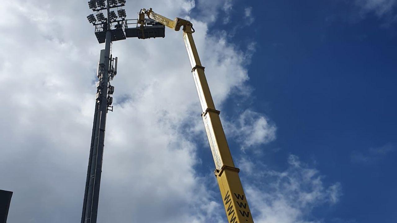 Nieuwe led-verlichting voor stadion TOP Oss