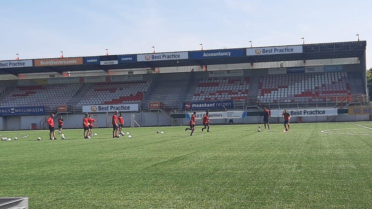 Zes spelers op proef bij TOP Oss tijdens eerste training richting nieuwe seizoen