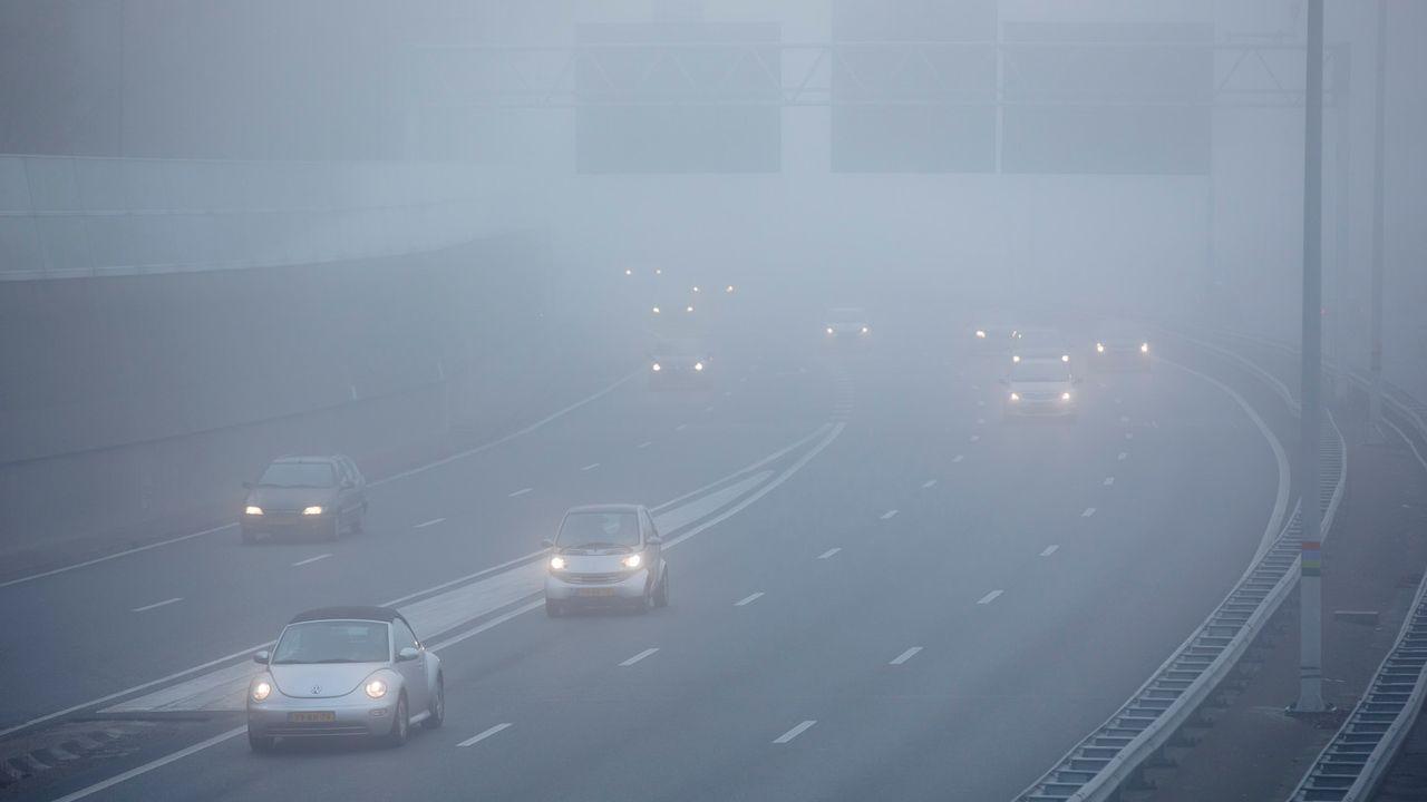 Mist op de weg zorgt voor code geel