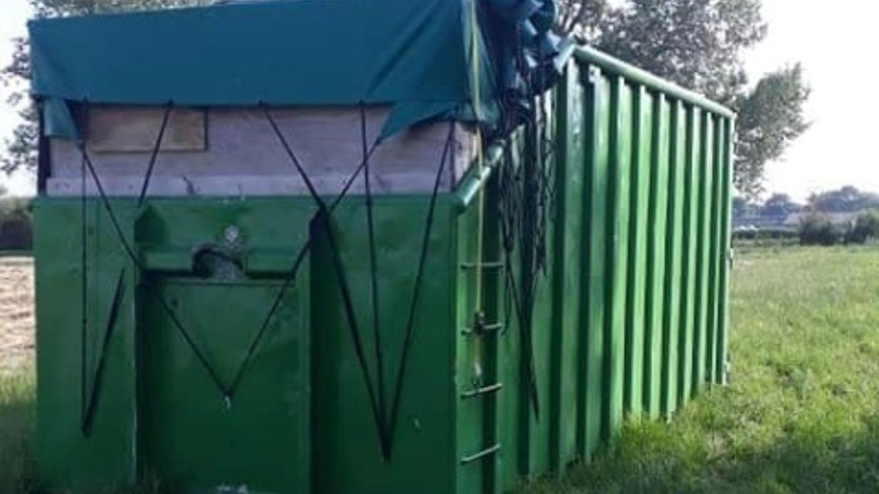 Groene container van 35 kubieke meter in Oijen weggehaald