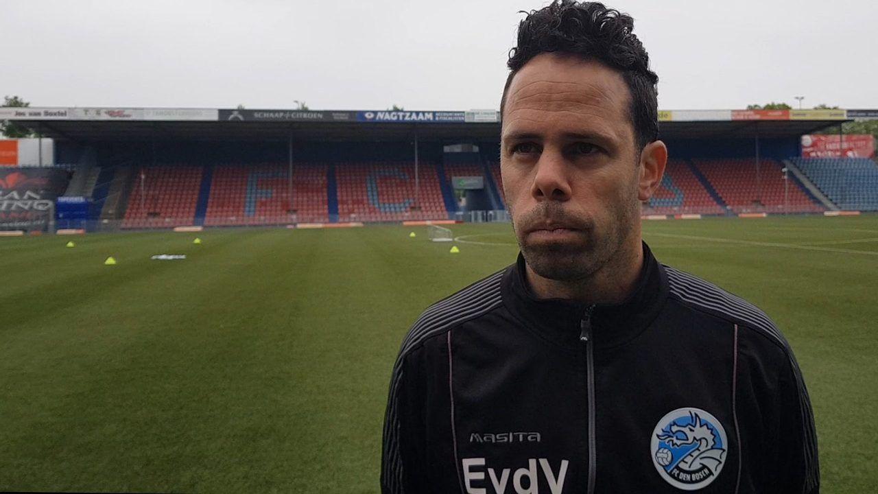 Trainer Erik van der Ven per direct al weg bij FC Den Bosch