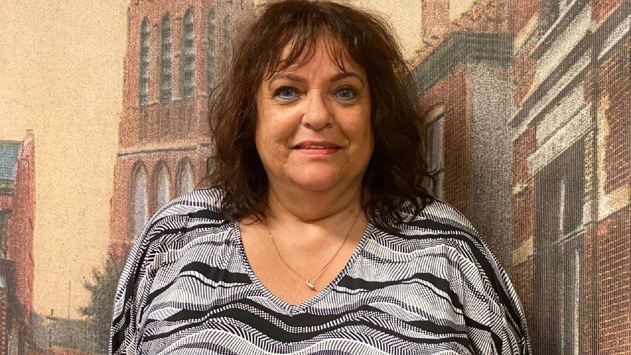 Anja (62) uit Oss: 'Als je anderen dat hoort zeggen is dat verschrikkelijk'