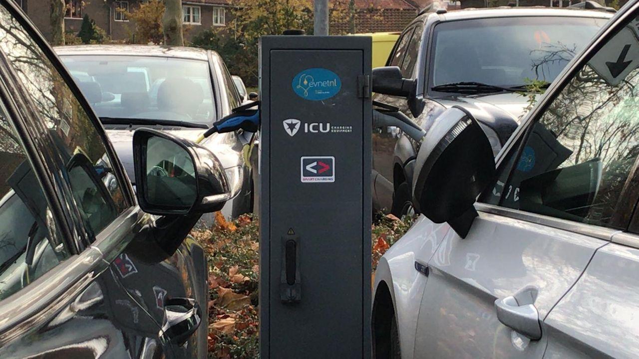Extra laadpunten voor elektrische auto's in Den Bosch