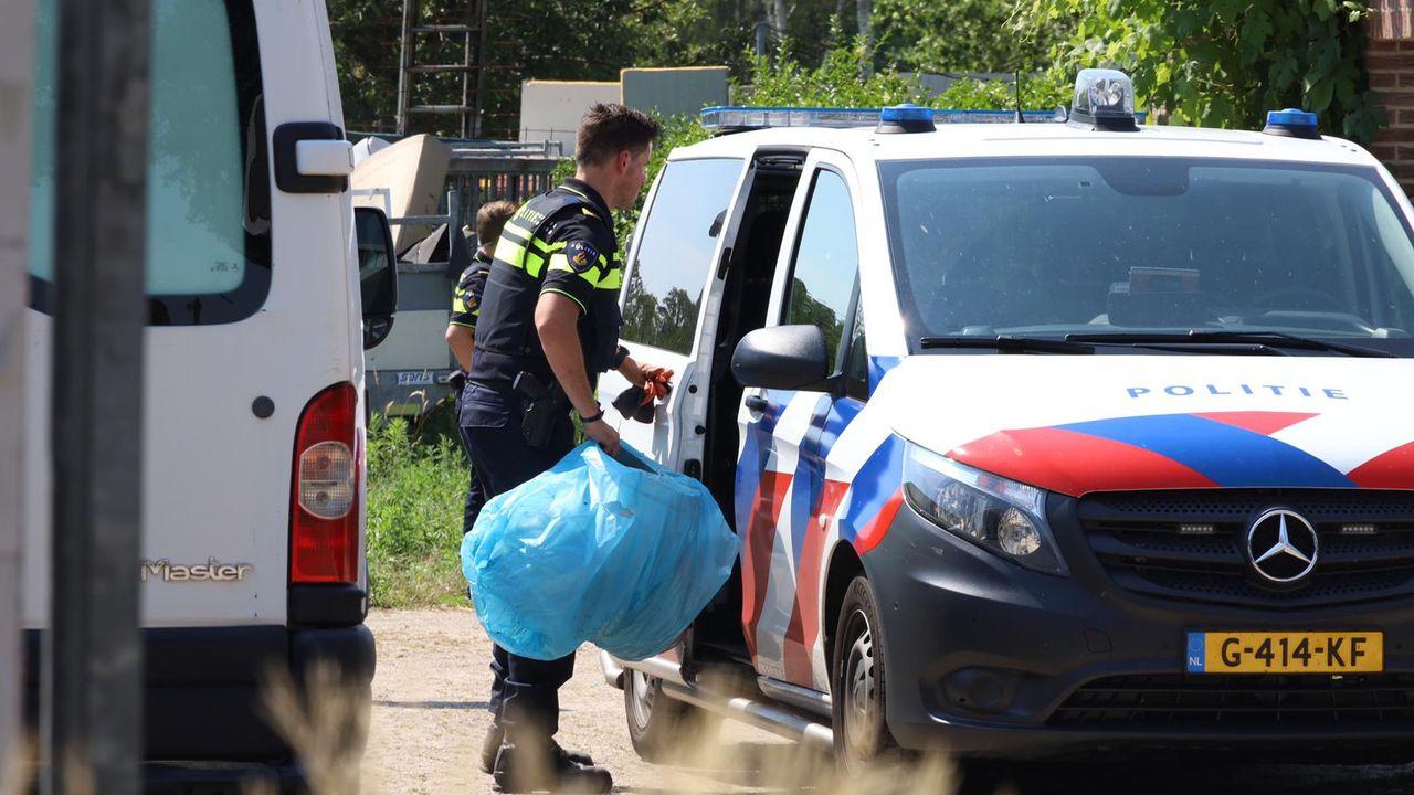 Politie valt woning binnen in Zeeland