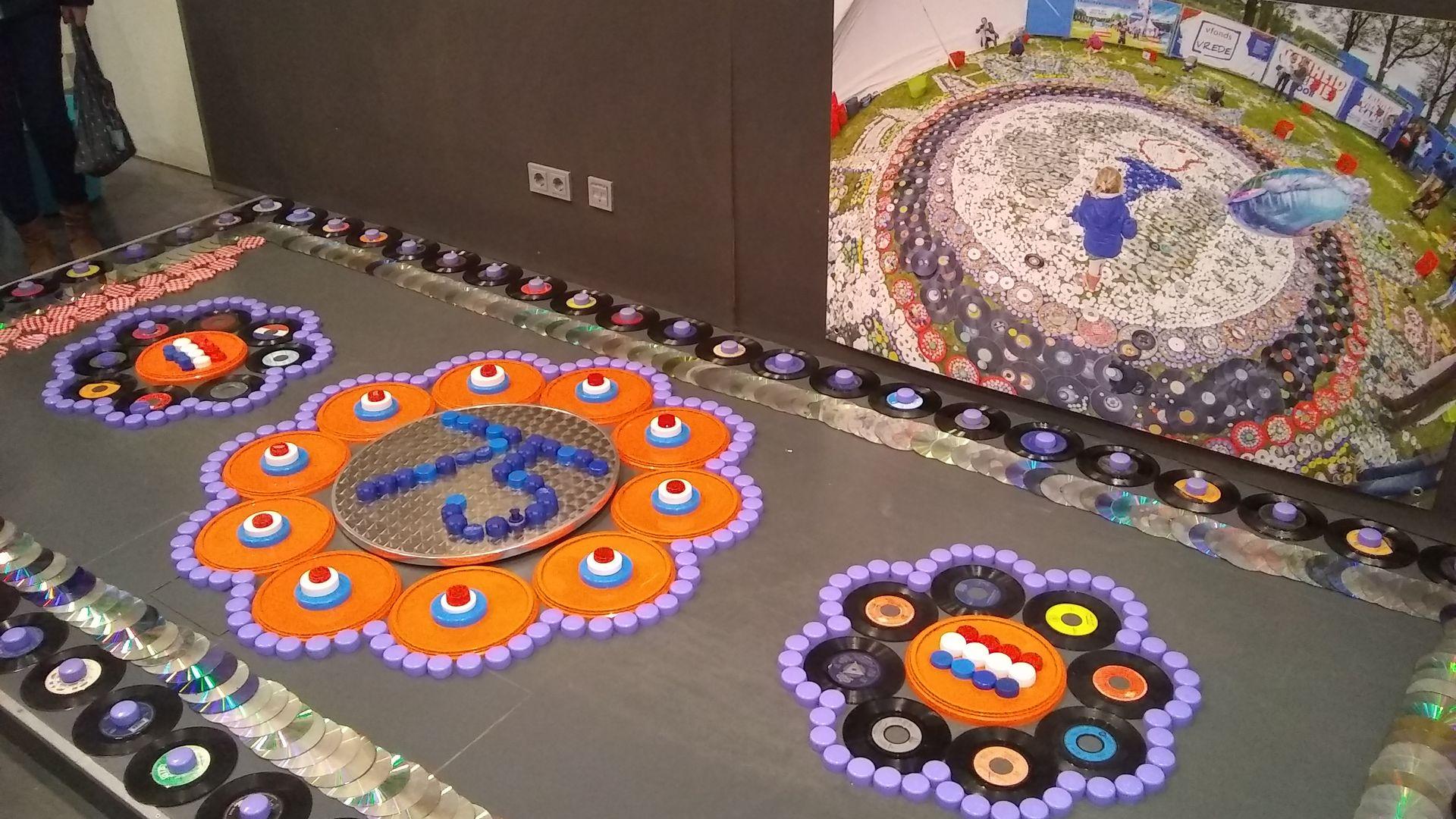 tapijt voor vrede, 75 jaar vrijheid 01.jpg